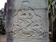 Asisbiz Bayon Temple Bas relief pillars three dancing apsaras Angkor 06