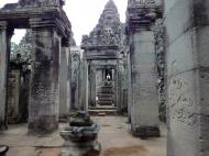 Asisbiz Bayon Temple Bas relief pillars three dancing apsaras Angkor 15