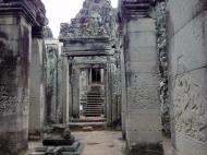 Asisbiz Bayon Temple Bas relief pillars three dancing apsaras Angkor 16