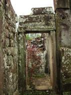 Asisbiz Bayon Temple architecture passageways Angkor Jan 2010 03
