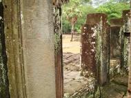 Asisbiz Bayon Temple decorative Bas reliefs Angkor Siem Reap 09