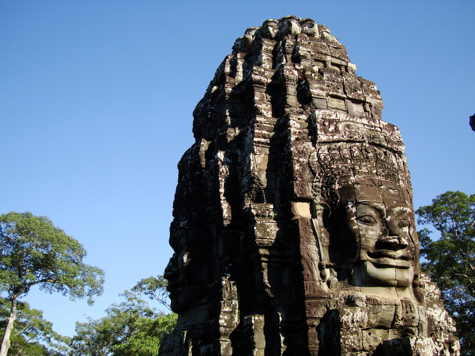 Bayon Temple SW inner gallery corner face towers Angkor Siem Reap 03