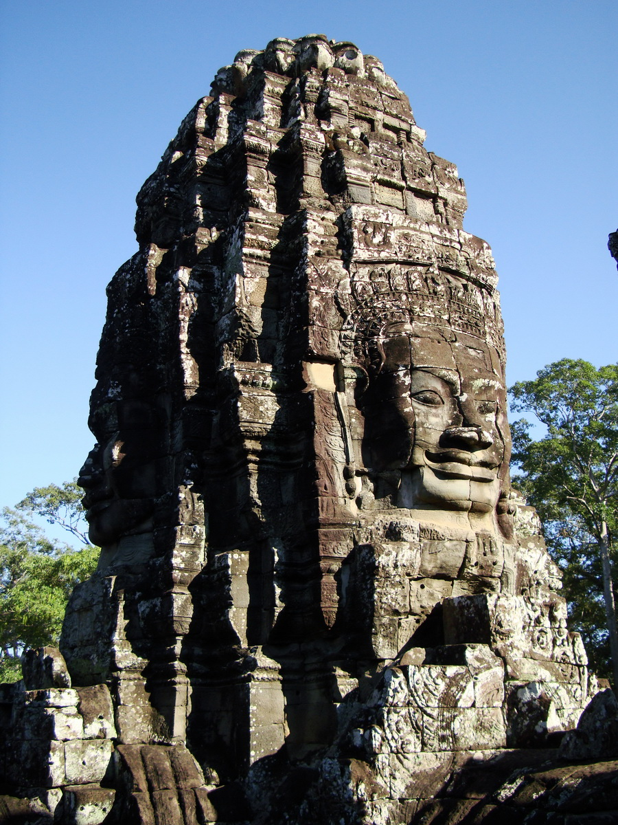 Bayon Temple SW inner gallery corner face towers Angkor Siem Reap 04