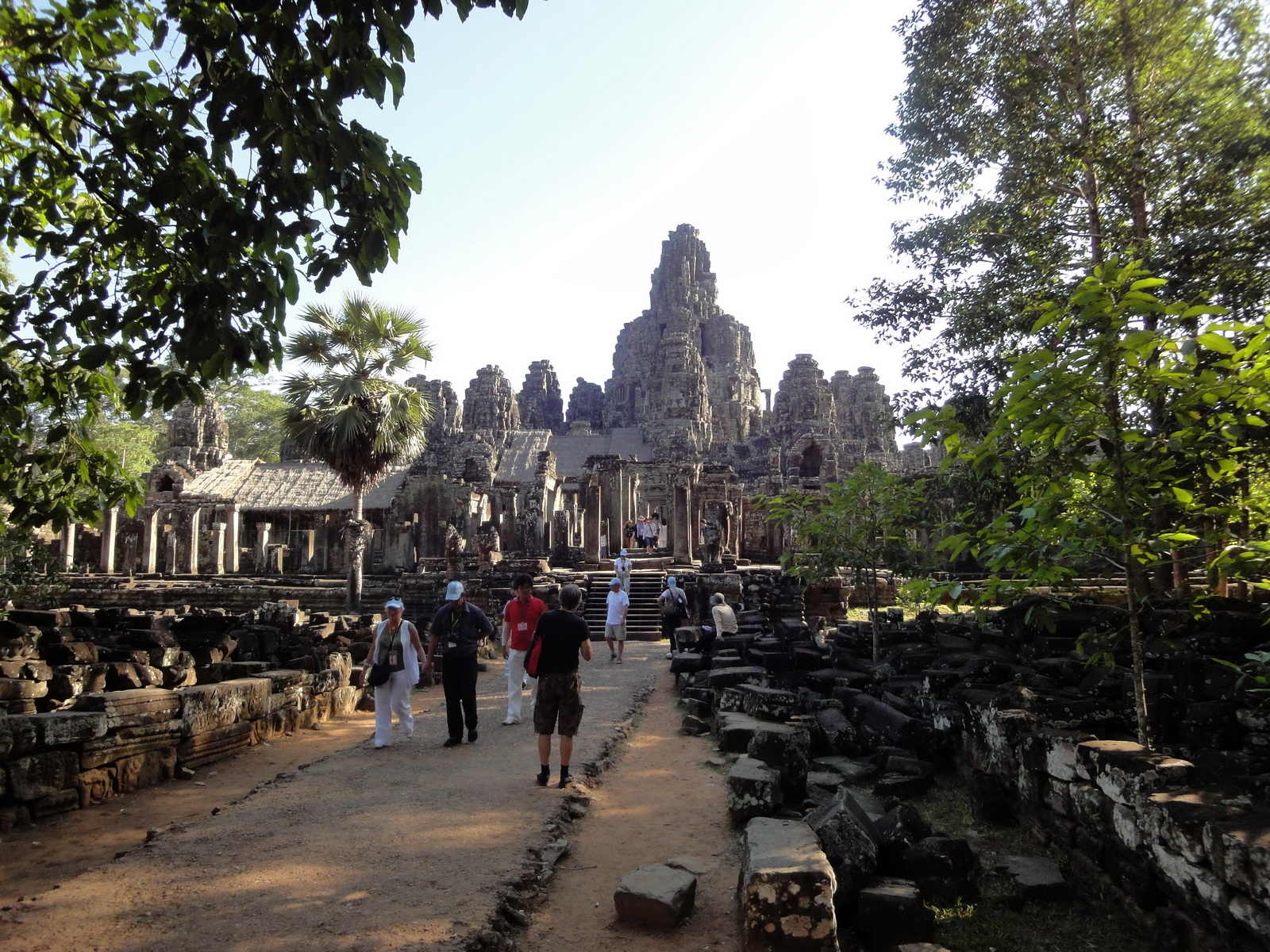 Bayon Temple eastern gopura entrance Angkor Jan 2010 01