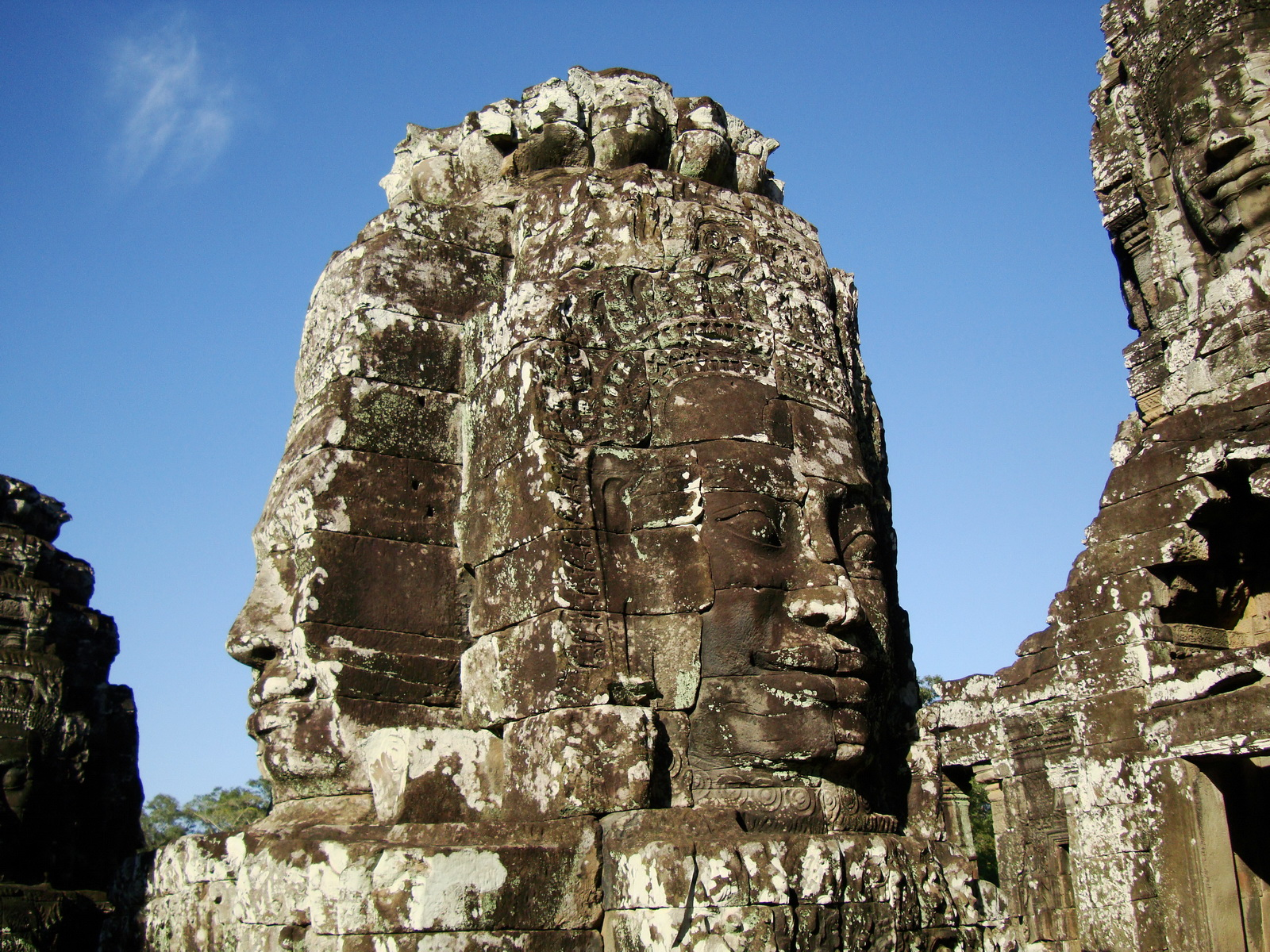 Bayon Temple western gallery inner middle face towers Angkor Siem Reap 09
