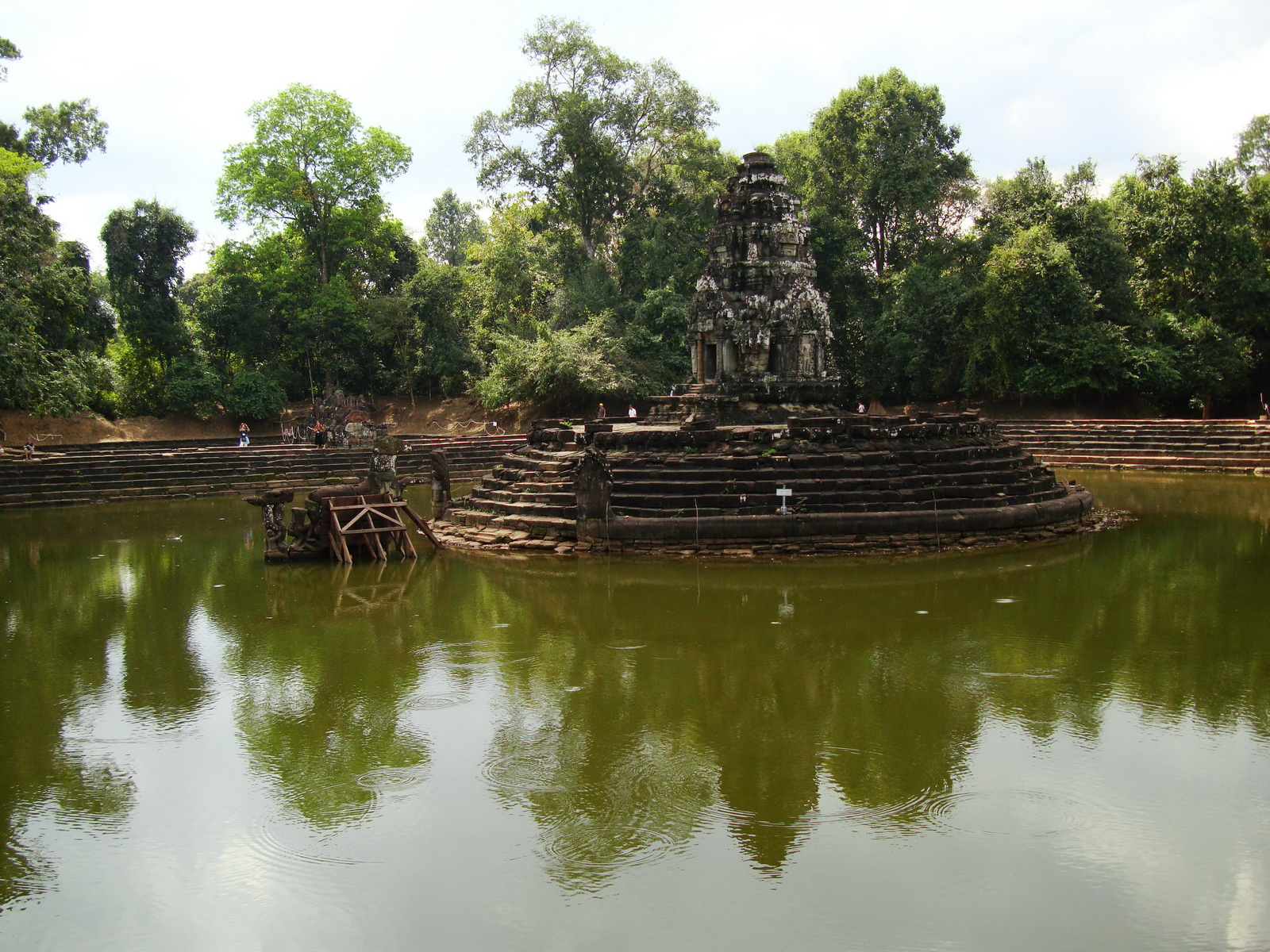 Neak Pean Temple sanctuary and artificial pond 08