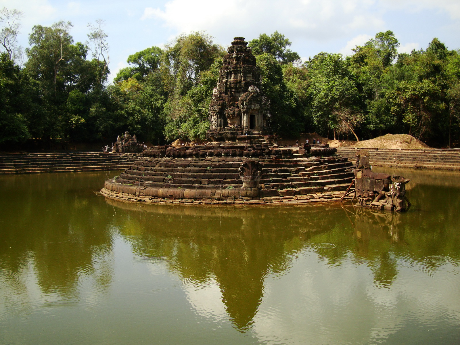 Neak Pean Temple sanctuary and artificial pond 11