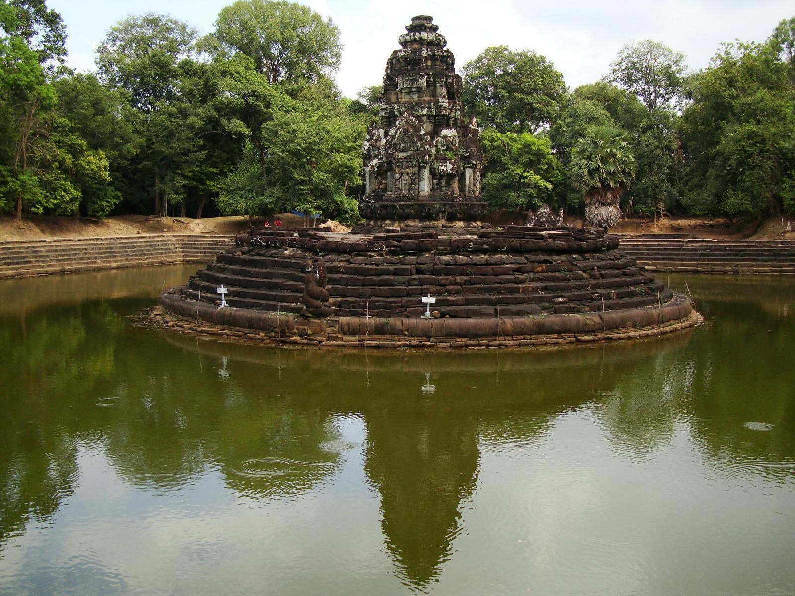 Neak Pean Temple sanctuary and artificial pond 16