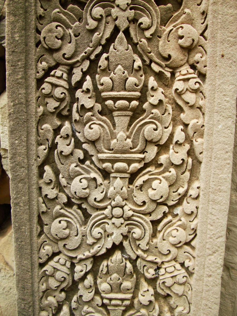Phimeanakas Royal Palace inner eastern gate Bas reliefs 01