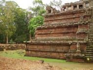 Asisbiz Celestial temple eastern side guardian lion Hindu Khleang style Angkor 07