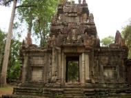 Asisbiz Phimeanakas Royal Palace inner eastern gate Angkor Jan 2010 01