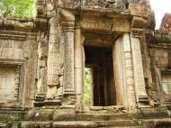 Asisbiz Phimeanakas Royal Palace inner eastern gate Angkor Jan 2010 03