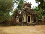 Asisbiz Phimeanakas Royal Palace inner eastern gate Angkor Jan 2010 08