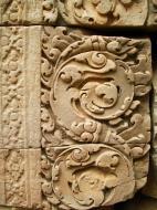 Asisbiz Phimeanakas Royal Palace inner eastern gate Bas reliefs 03