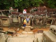 Asisbiz Phimeanakas central tower Northern stairs Hindu Khleang style 04