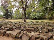 Asisbiz Phimeanakas stones marked for restoration Hindu Khleang style 01