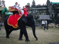 Asisbiz Phnom Bakheng Temple Camdodian elephant ride Angkor 05