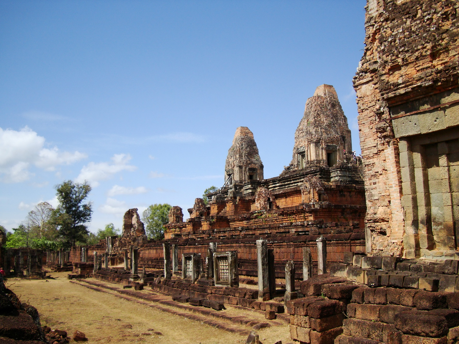 Facing NW Pre Rup Temple lower courtyard view East Baray 2010 01