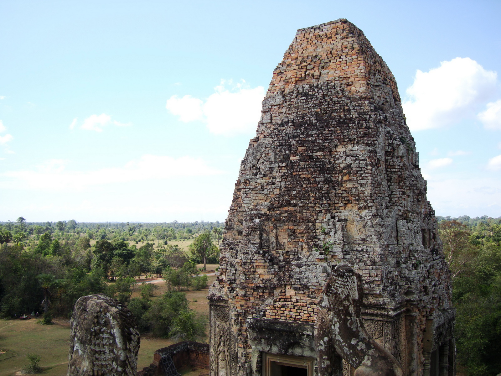 Facing NW Pre Rup Temple upper courtyard tower East Baray 2010 04