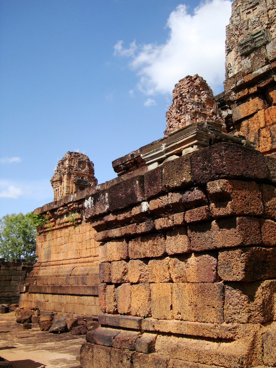 Facing NW Pre Rup Temple upper tower stairs East Baray 2010 03