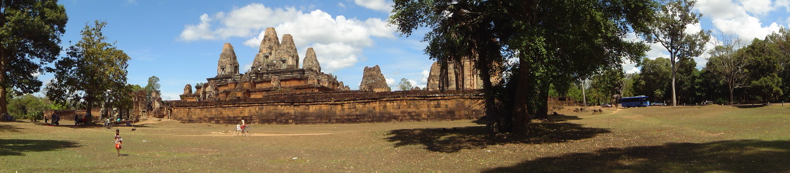 Facing North Pre Rup Temple laterite brick towers East Baray Jan 2010 01