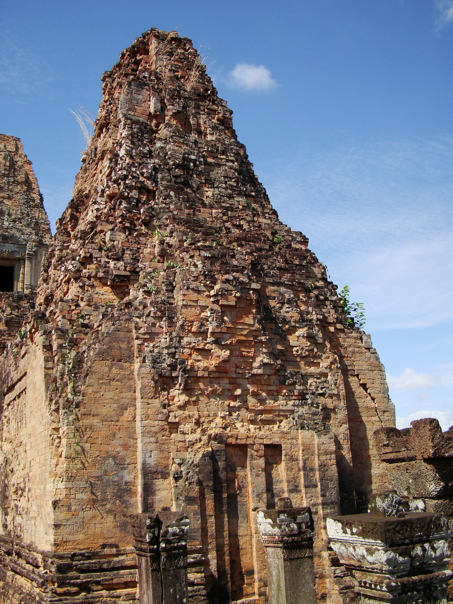 Facing North Pre Rup Temple outer towers East Baray 2010 01
