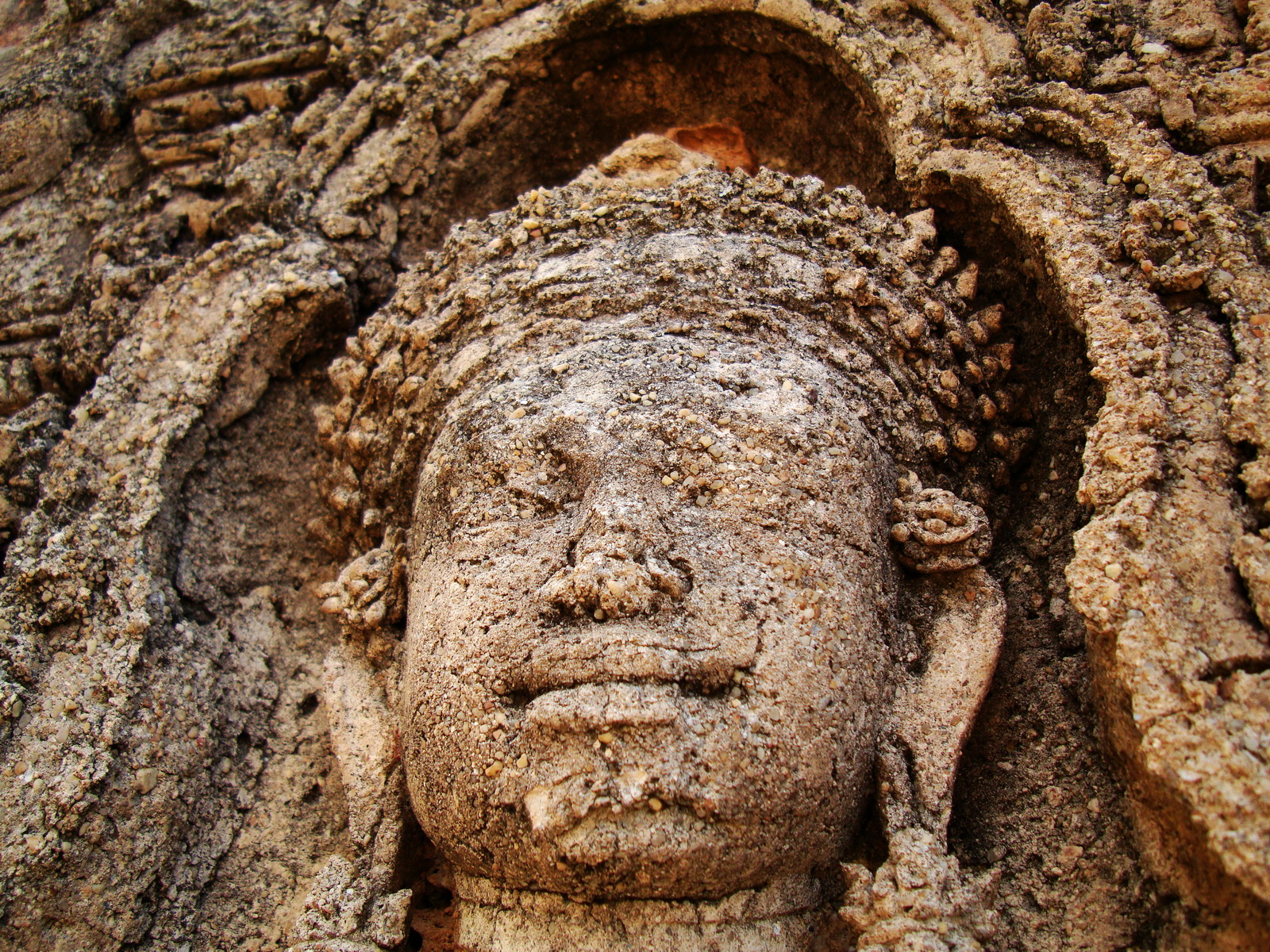 Facing SW Pre Rup Temple SW tower bas reliefs East Baray 07