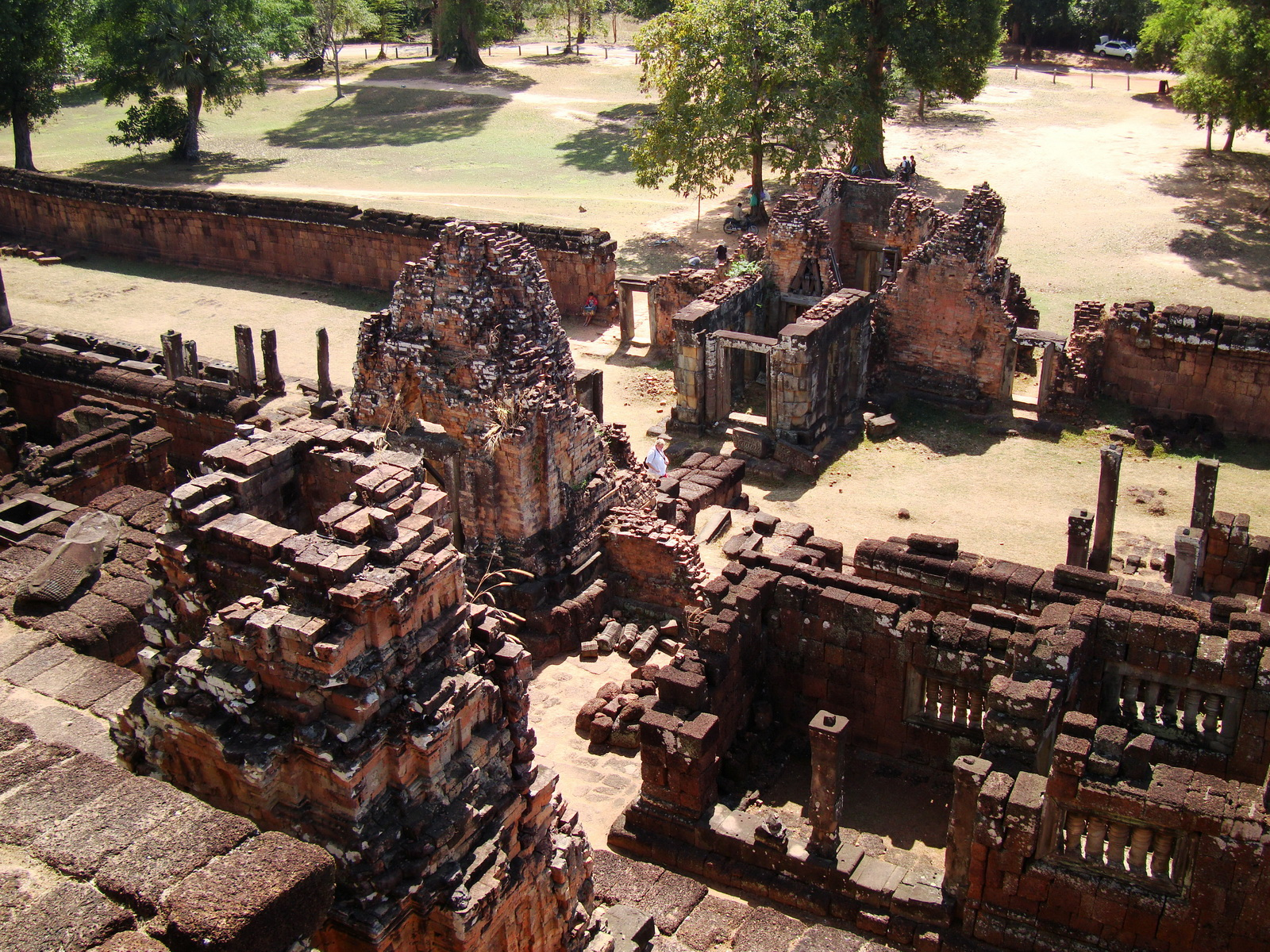 Facing South Pre Rup Temple upper courtyard views East Baray 2010 01