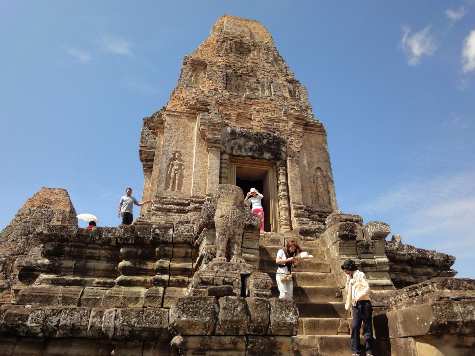Facing West Pre Rup Temple central tower East Baray Jan 2010 03