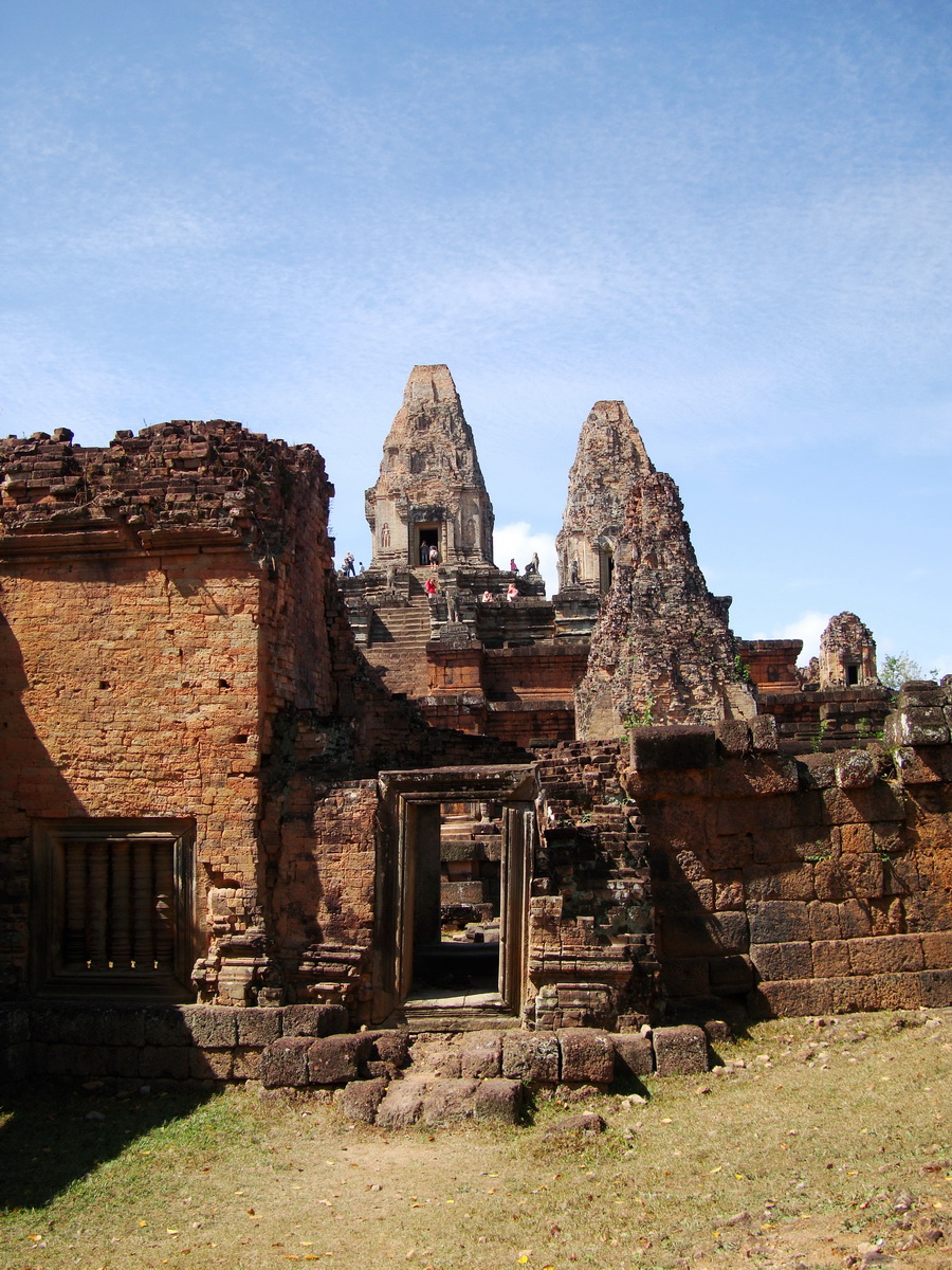 Facing West Pre Rup Temple outer towers East Baray 08