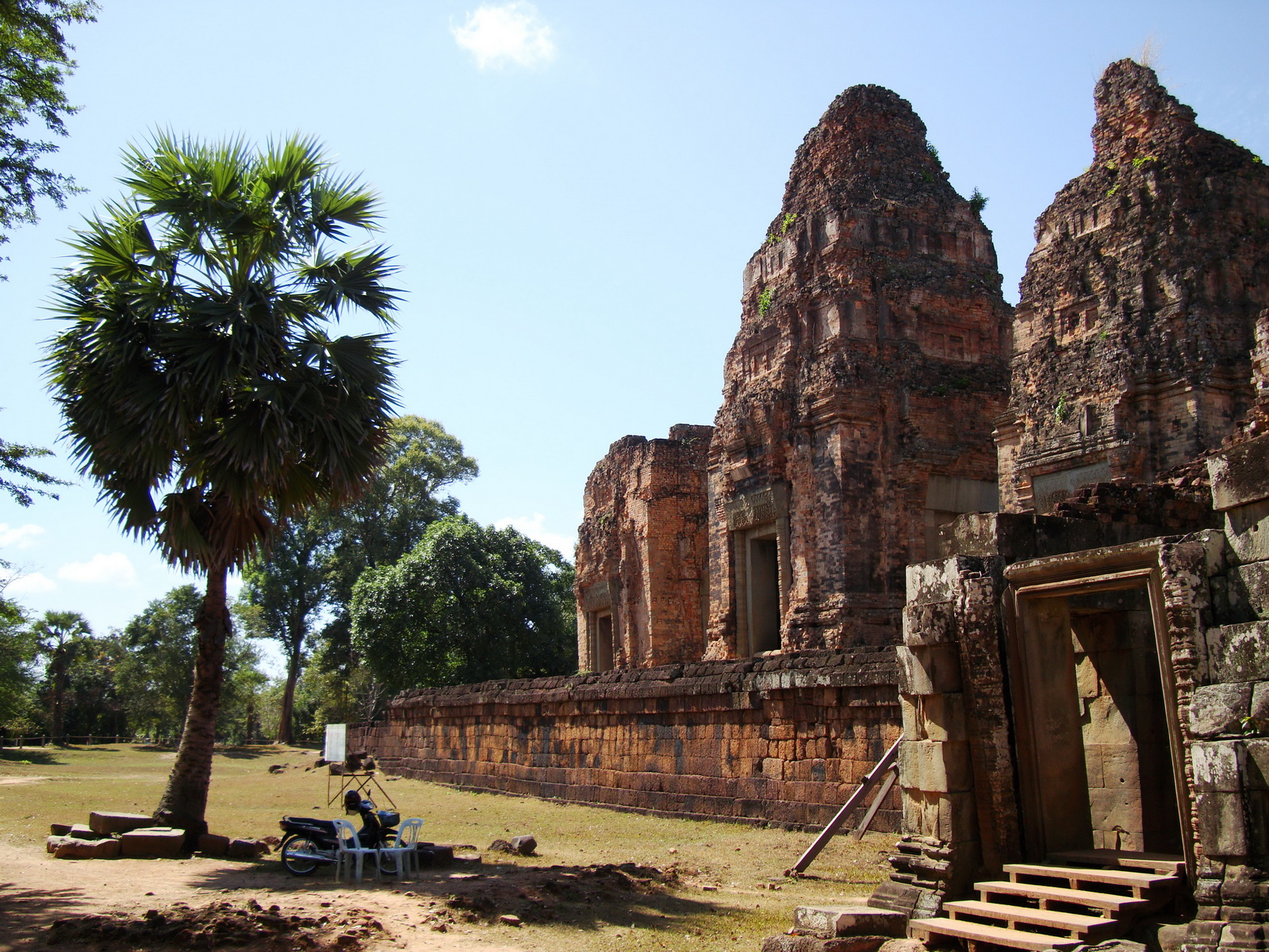 Facing West Pre Rup Temple outer towers East Baray 09