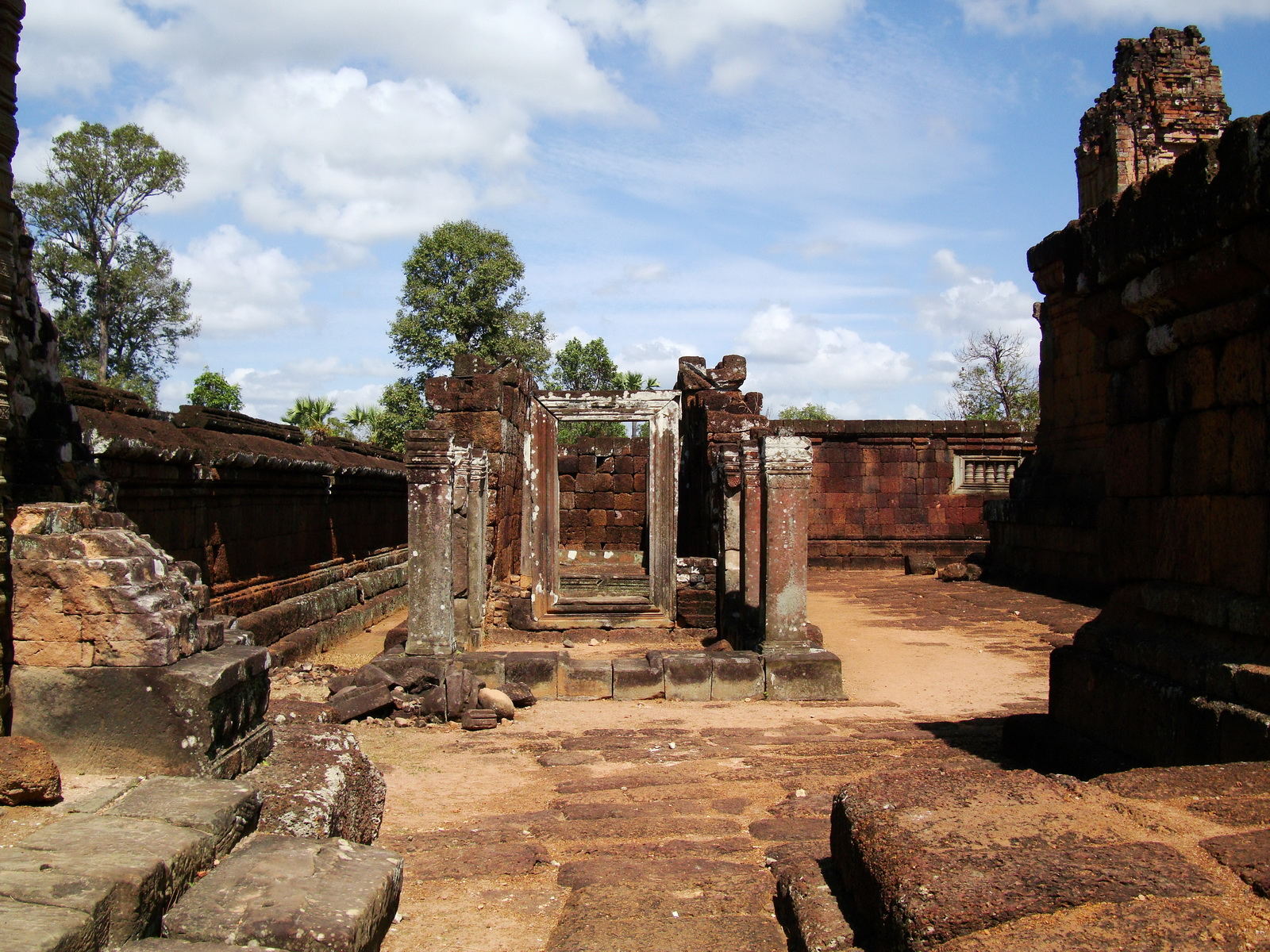 Pre Rup Temple middle courtyard view East Baray Jan 2010 08