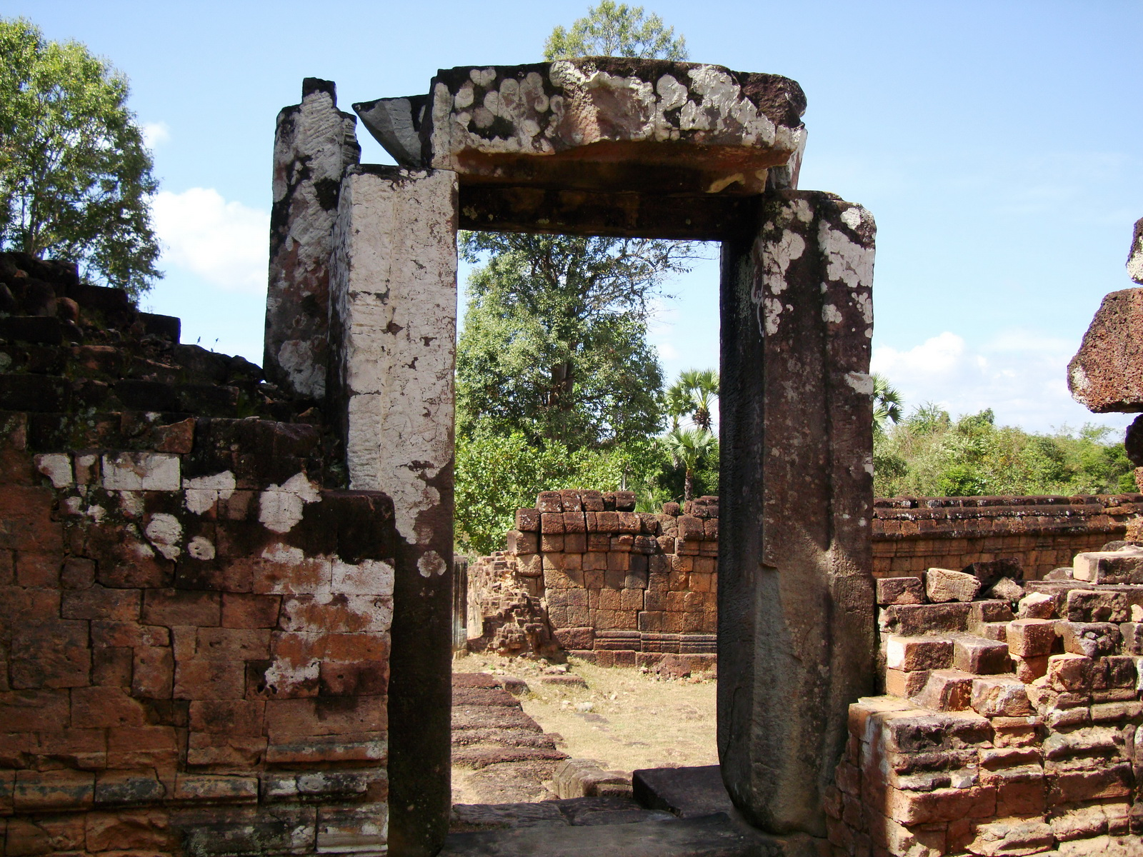 Pre Rup Temple middle courtyard view East Baray Jan 2010 11
