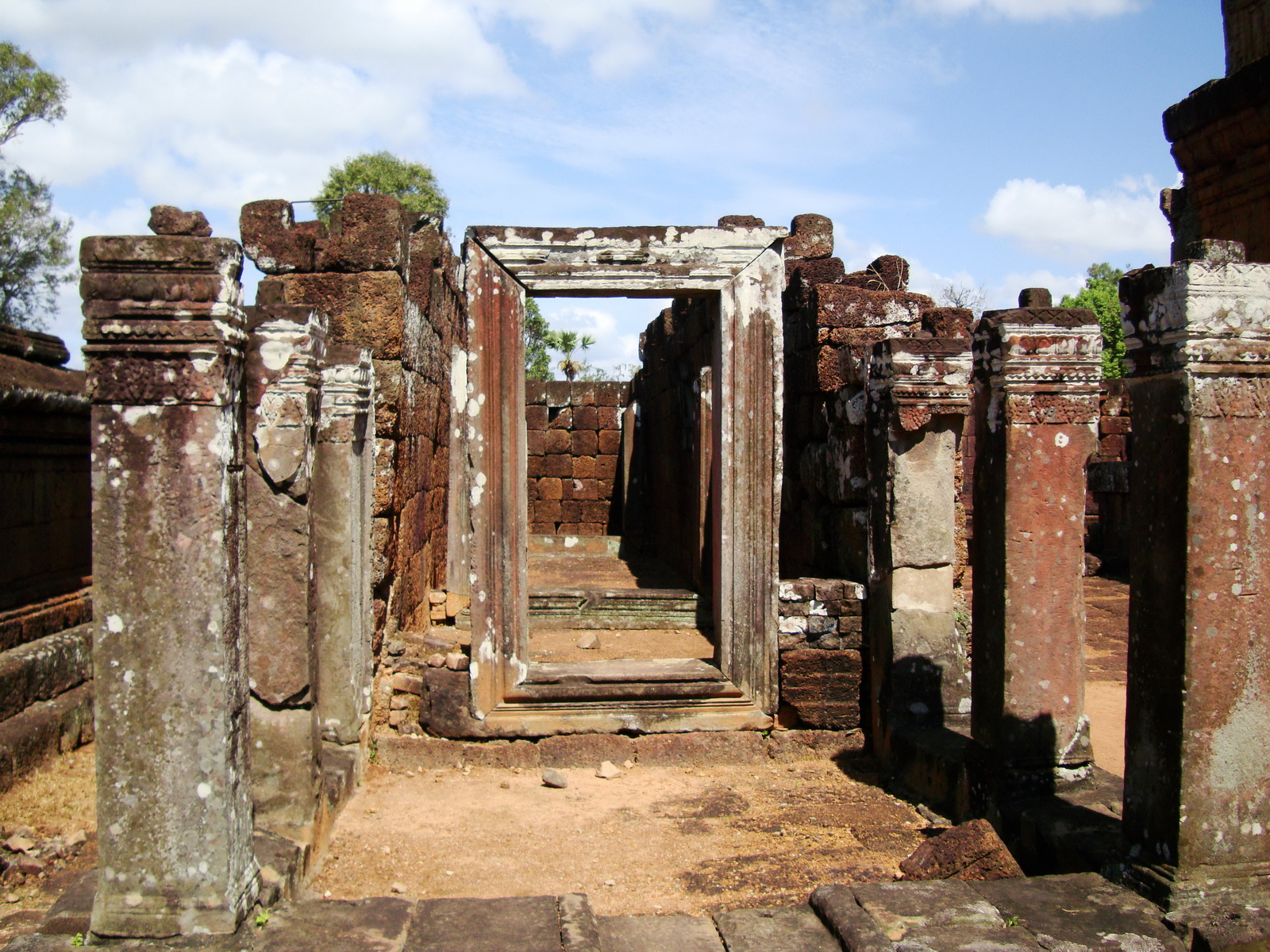 Pre Rup Temple middle courtyard view East Baray Jan 2010 12