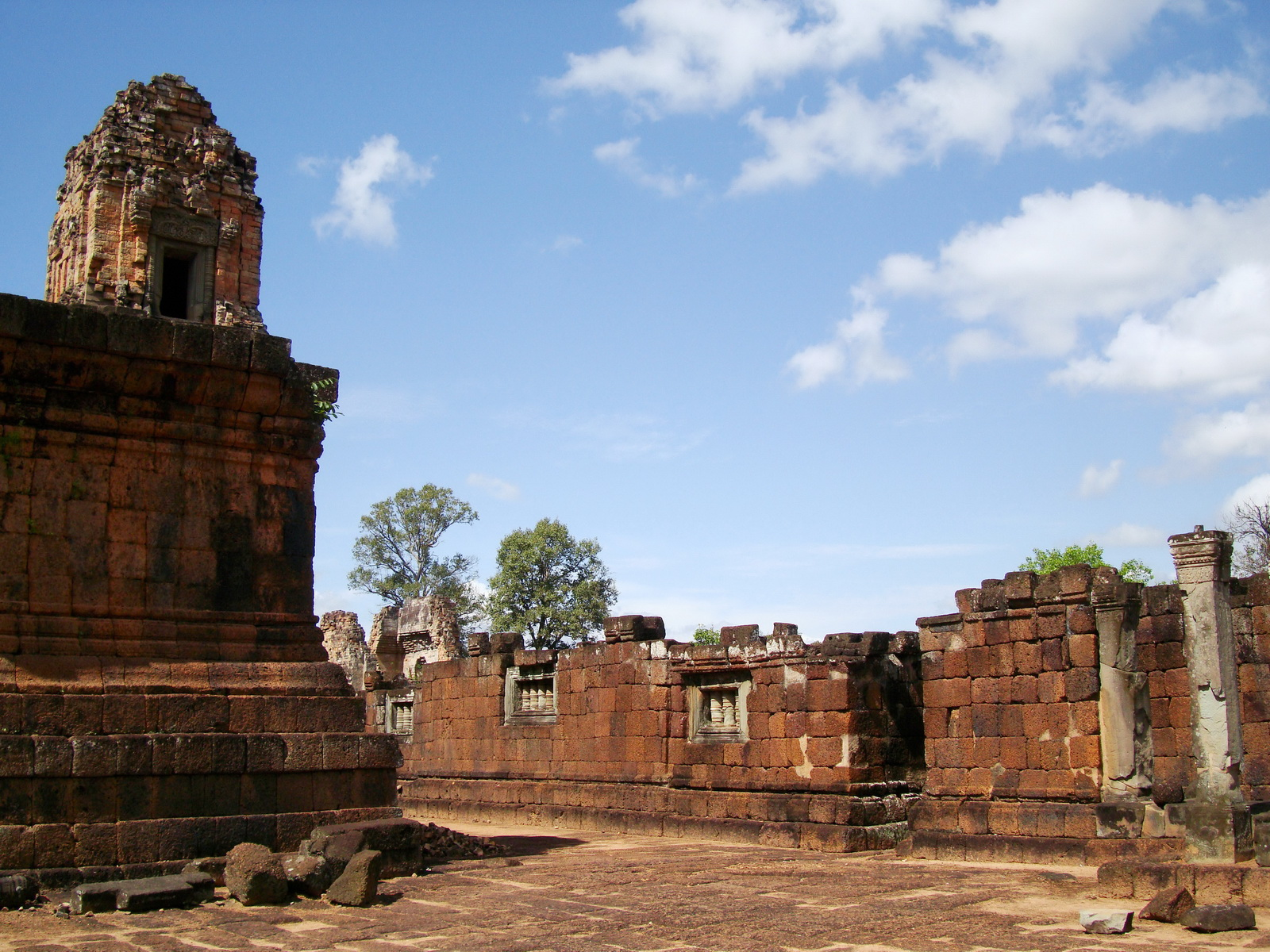 Pre Rup Temple middle courtyard view East Baray Jan 2010 22