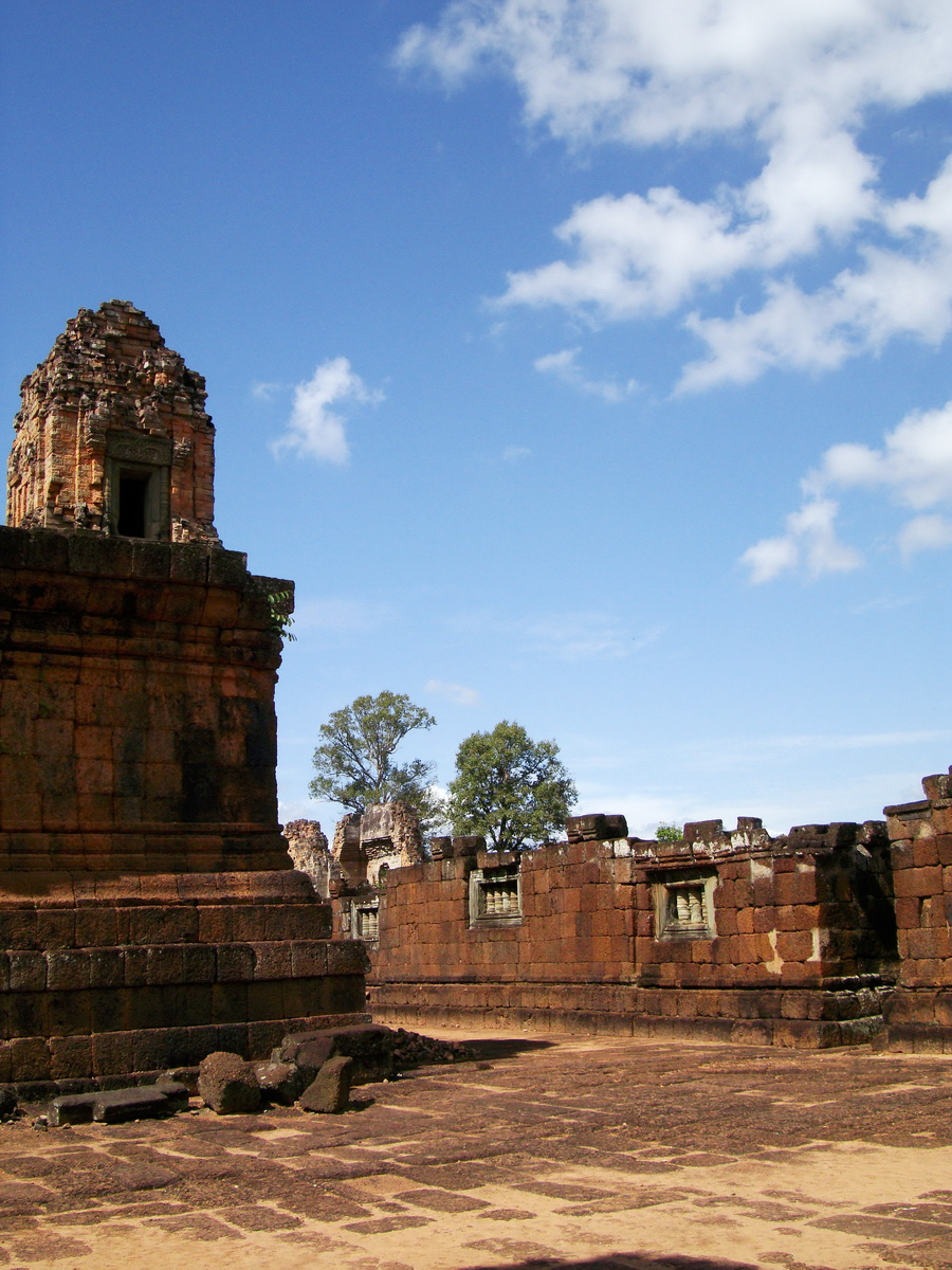 Pre Rup Temple middle courtyard view East Baray Jan 2010 23