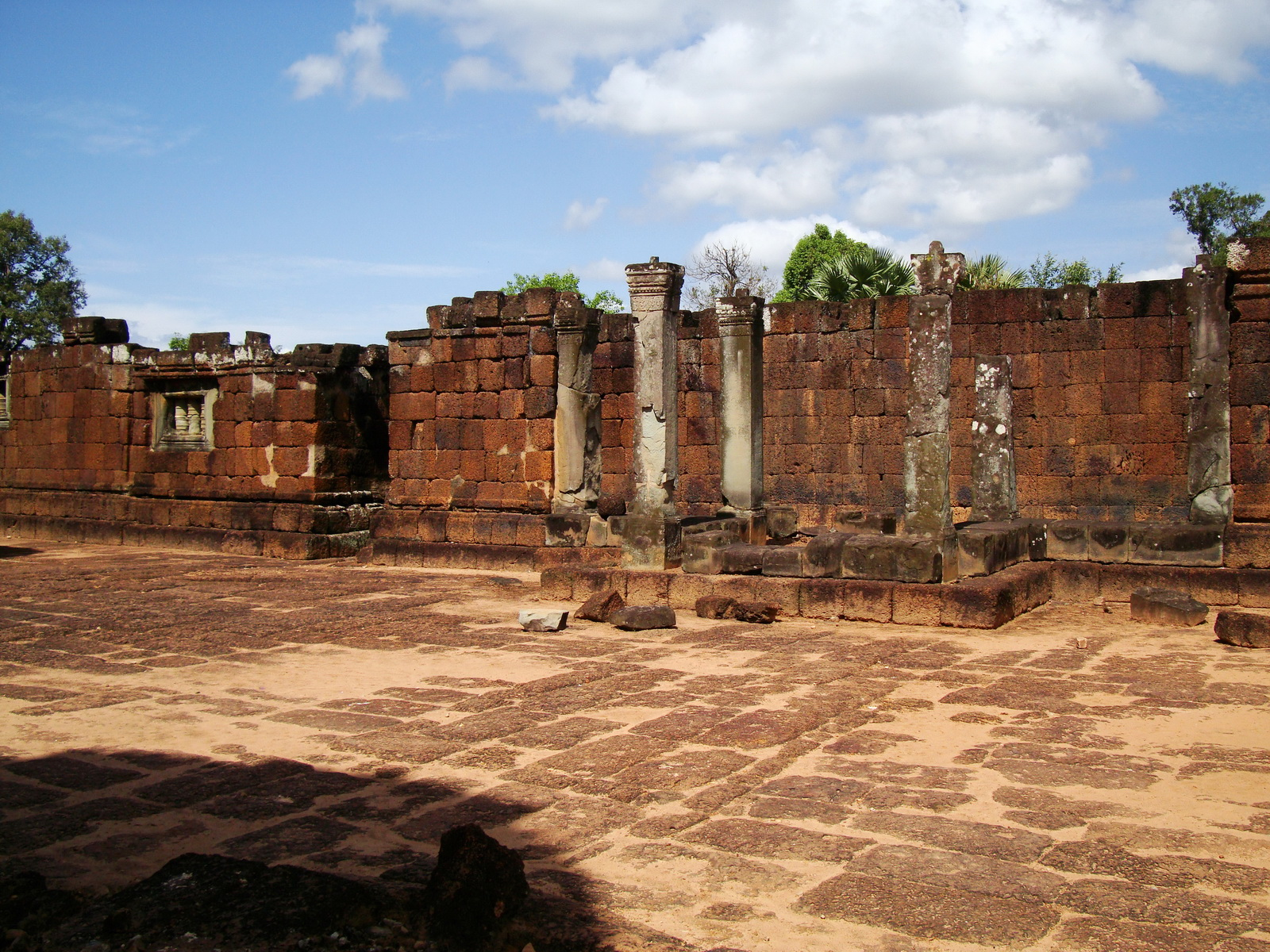 Pre Rup Temple middle courtyard view East Baray Jan 2010 24