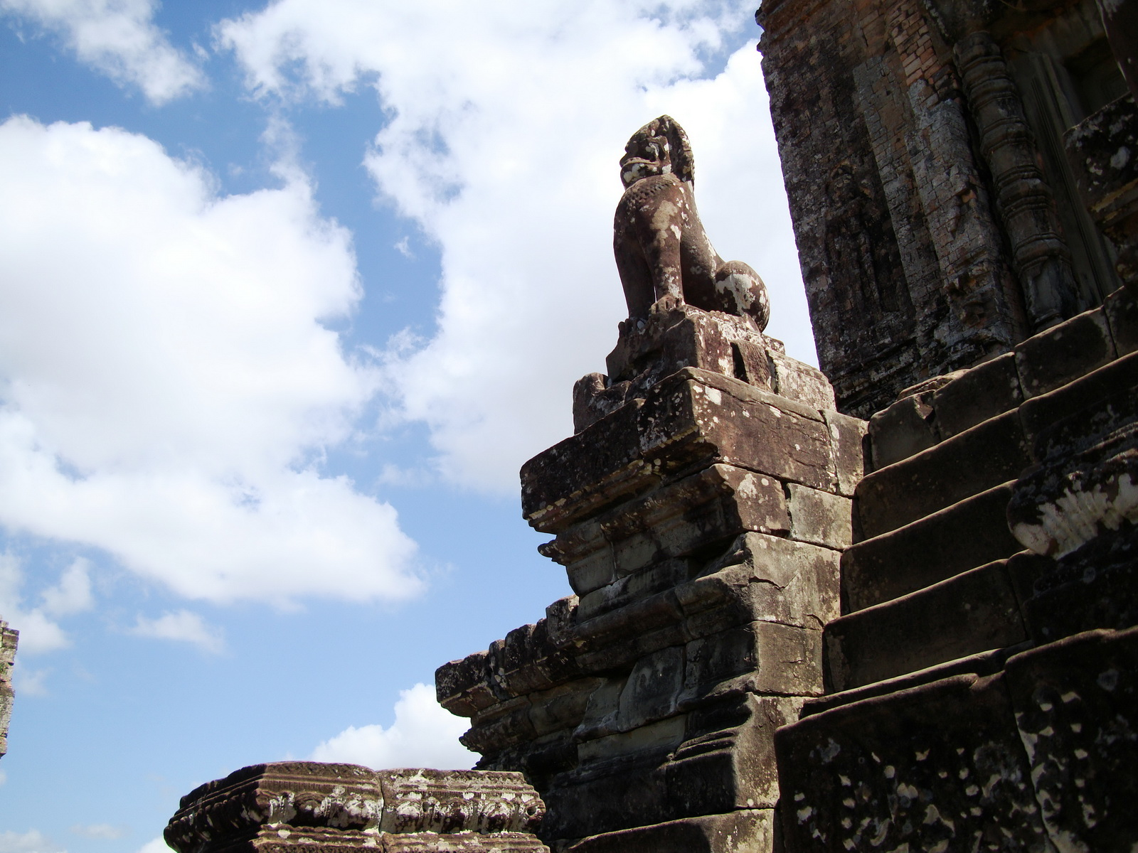 Western side Pre Rup Temple central tower lions East Baray 2010 04