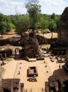 Asisbiz Facing East Pre Rup Temple cistern and courtyard East Baray 2010 02