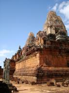 Asisbiz Facing NW Pre Rup Temple lower courtyard East Baray 2010 01