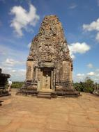 Asisbiz Facing North Pre Rup Temple inner towers East Baray 02