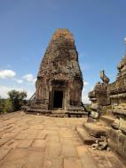 Asisbiz Facing North Pre Rup Temple inner towers East Baray 03