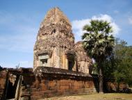 Asisbiz Facing West Pre Rup Temple outer towers East Baray 12