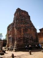 Asisbiz Pre Rup Temple Library tower East Baray Jan 2010 01