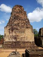 Asisbiz Pre Rup Temple Library tower East Baray Jan 2010 03