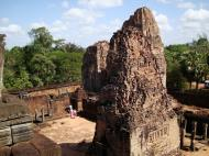 Asisbiz Pre Rup Temple Library tower East Baray Jan 2010 06