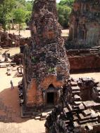 Asisbiz Pre Rup Temple Library tower East Baray Jan 2010 08