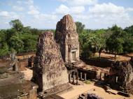 Asisbiz Pre Rup Temple Library tower East Baray Jan 2010 09