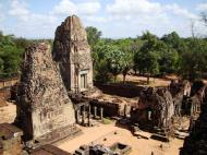 Asisbiz Pre Rup Temple Library tower East Baray Jan 2010 10