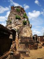 Asisbiz Pre Rup Temple middle courtyard view East Baray Jan 2010 07